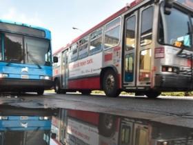 """为什么说传统的公交系统比""""共享出行""""更靠谱?"""