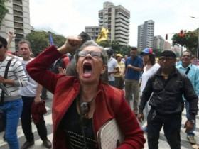 """岳刚:委内瑞拉会""""变天""""吗?"""