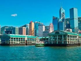从一个人的经历看香港回归前的困难局面